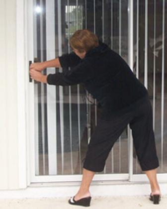 Sliding Door yang Tidak Normal