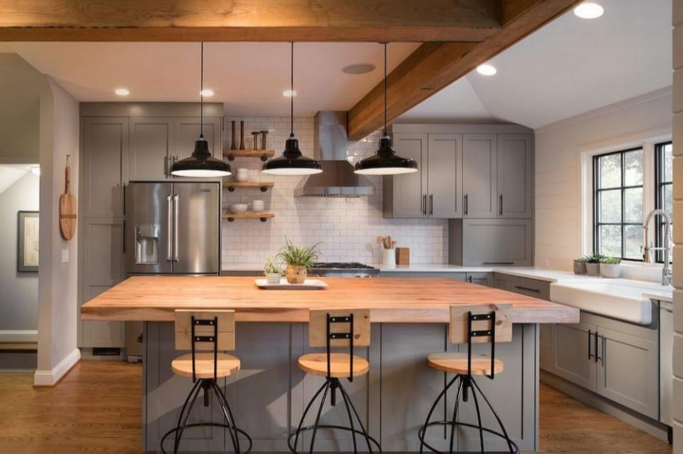 Furniture Berwarna Cokelat Kayu untuk Dapur yang Lebih Natural
