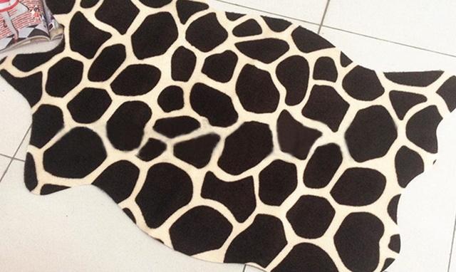 Karpet lantai dari kulit